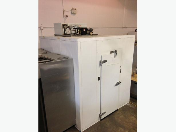 Walk in coolers/Freezers