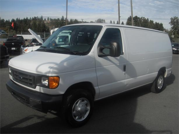 2007 ford econoline e 150 cargo van with rear shelving and. Black Bedroom Furniture Sets. Home Design Ideas