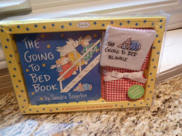 Sandra Boynton's The Going to Bed Book! & Embroidered Blankie