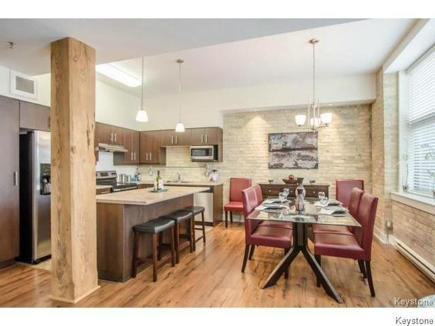 *** CONDO LOCATED IN THE EXCHANGE DISTRICT ***