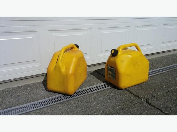 2 x 5 gallon Diesel