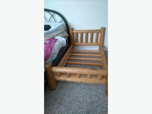 Wooden Toddler Bed Victoria City Victoria