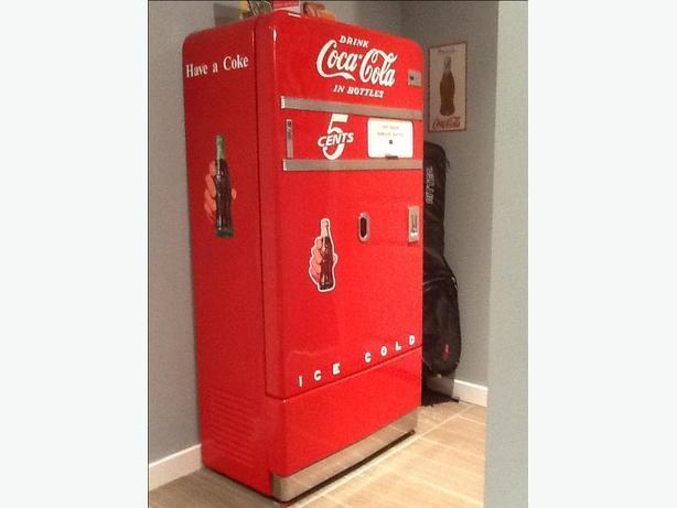 Restored 40's Coca-Cola machine