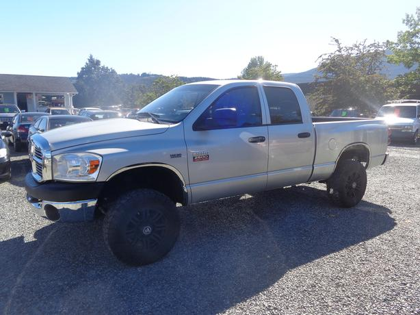 2009 dodge ram 2500 hd 4x4 quadcab slt