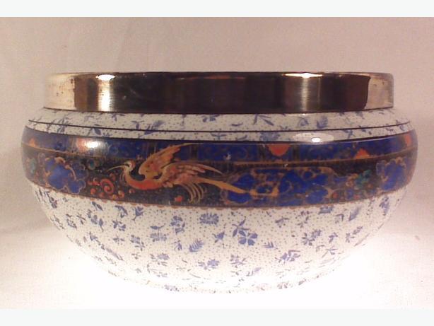 Winton Ware serving bowl