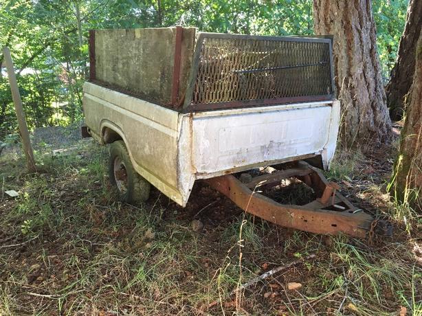 2 u built trailers