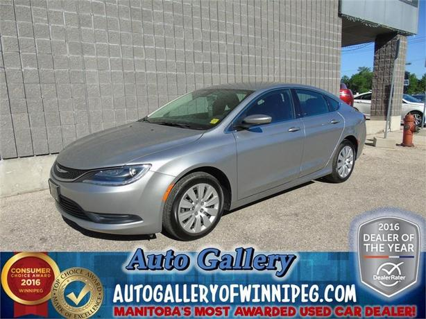 2015 Chrysler 200 LX*Only 7, 669 kms!
