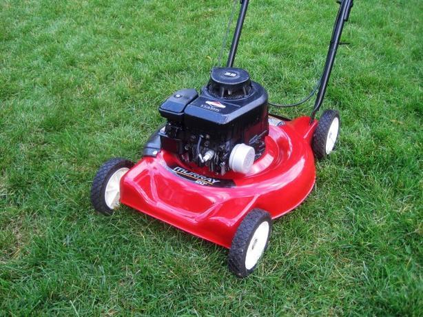Mulching Lawnmower ~ Murray