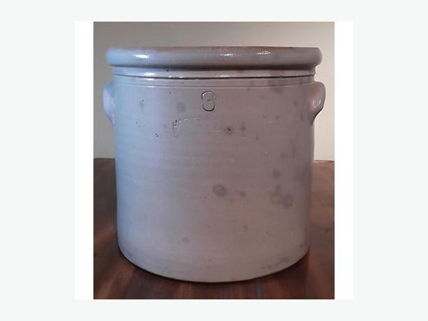 Hart Bros. & Lazier Antique Salt-Glazed Crock