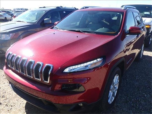 2016 Jeep Cherokee North*Super Low kms!