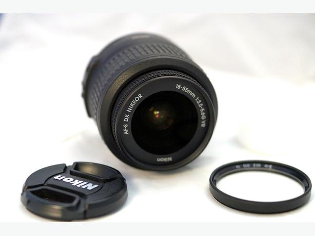 Nikon 18-55mm VR AF-S lens for D3xxx and D5xxx models