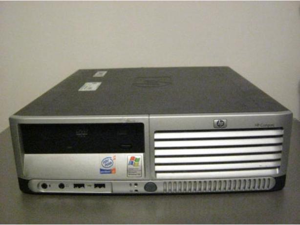 HP Compaq DC5100 Small form factor Desktop PC