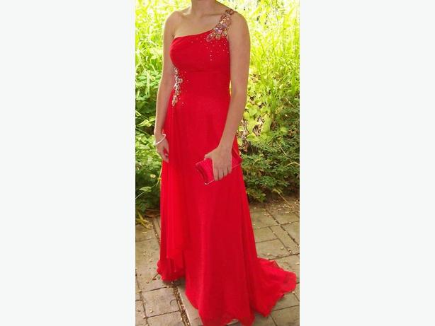 Tony Bowls Red Formal Dress