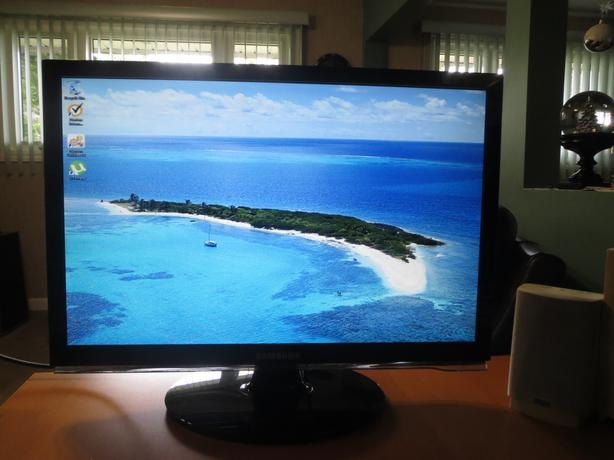 Samsung SyncMaster 22IN Widescreen LCD Monitor