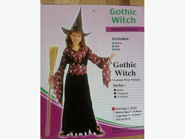 Gothic witch costume  size 4-6