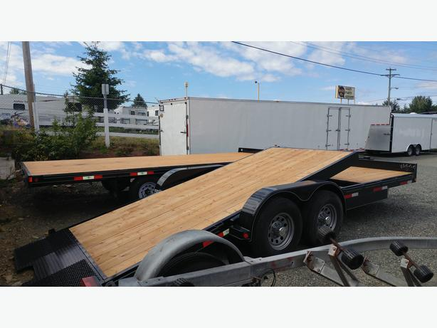 Oasis 21' Cushion Tilt  Car Hauler