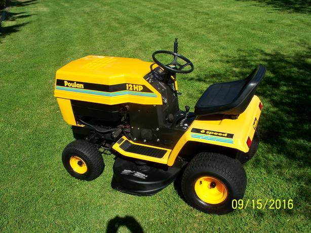 Poulan Lawn Tractor