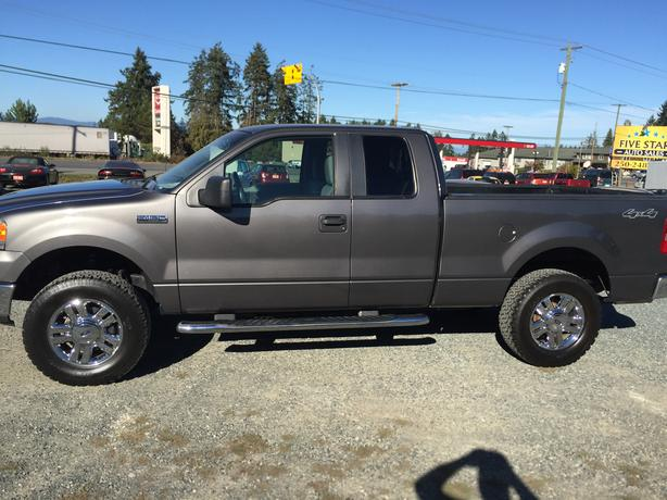 2007 ford f 150 super cab 4wd 5 4l v8 automatic one owner outside comox valley courtenay comox. Black Bedroom Furniture Sets. Home Design Ideas