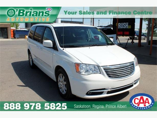 2013 Chrysler Town & Country Touring - STOW-N-GO 7 PASS