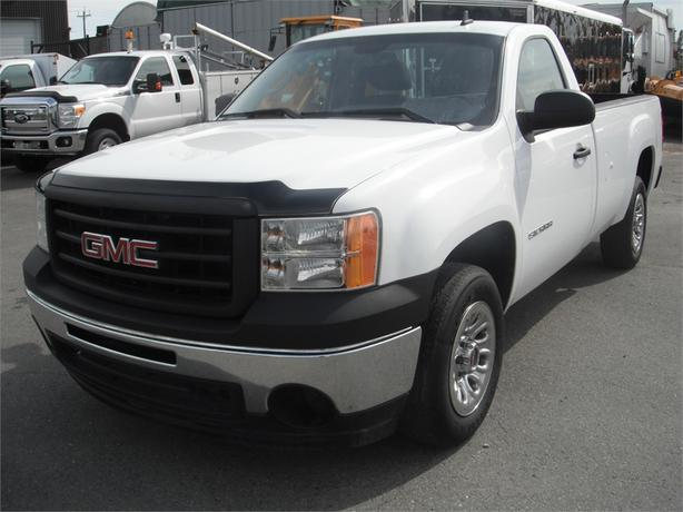 2012 GMC Sierra 1500 Regular Cab Long Box 2WD