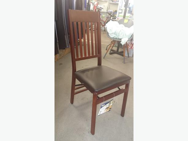 BRAND NEW WOOD FOLDING CHAIRS