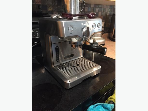 Breville Espresso Maker Die-Cast, The Duo-Temp Esquimalt & View Royal, Victoria