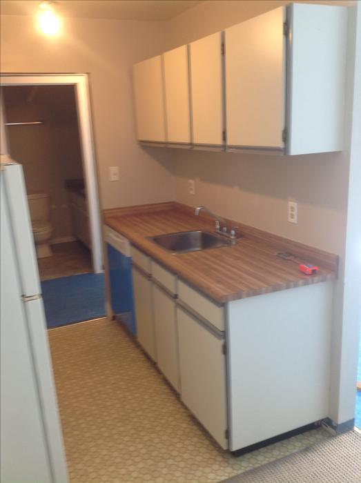 Kitchen bathroom cabinets victoria city victoria for Bathroom cabinets nanaimo