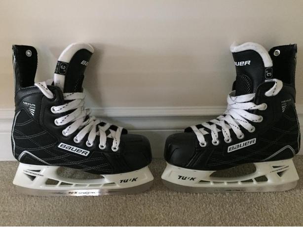 Junior Hokey Skates - Size 3R