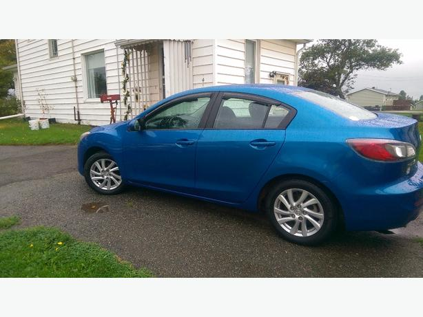 2012 Mazda 3GS with skyactive