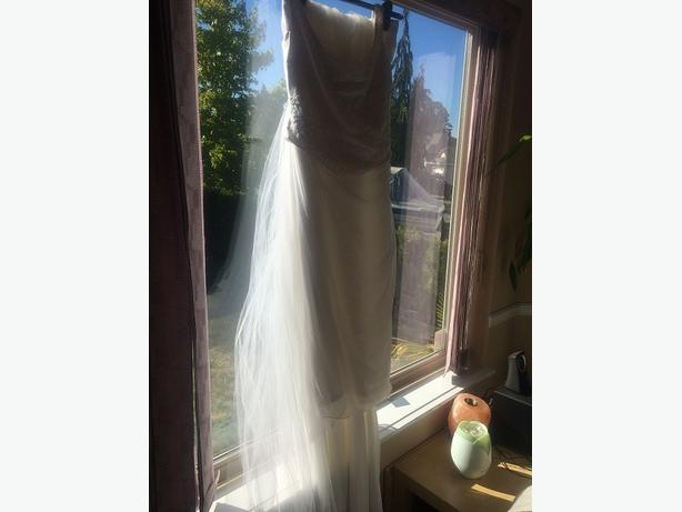 WEDDING DRESS 2pc Chiffon by Pronovias