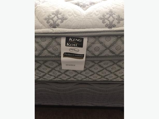 Very clean queen mattress and box spring