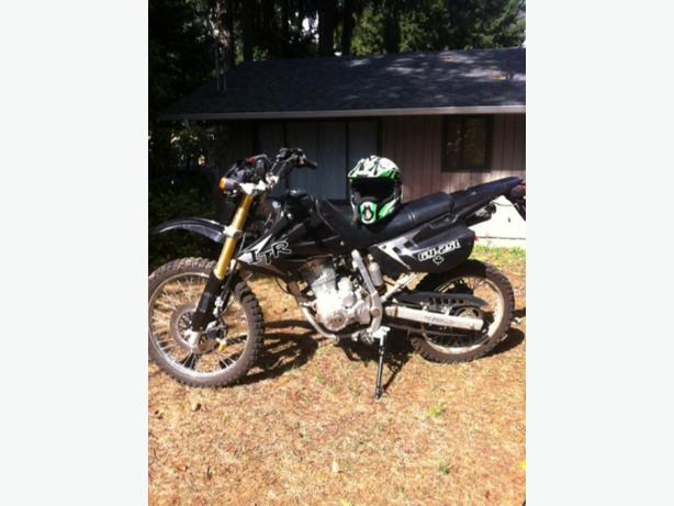 enduro motorcycle, great starter bike