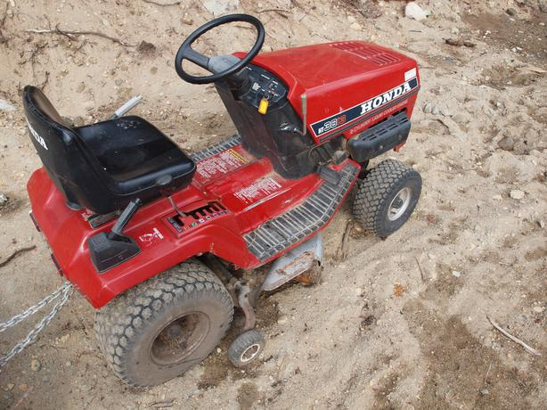 Riding Mower- Honda HT 3813