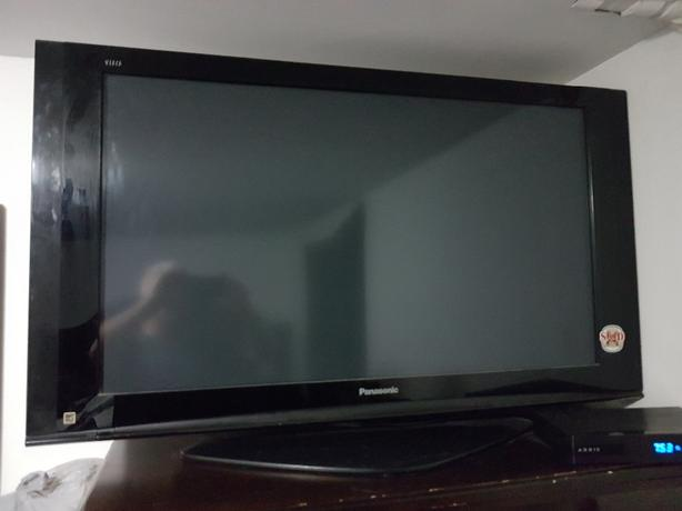 42in Panasonic lcd tv