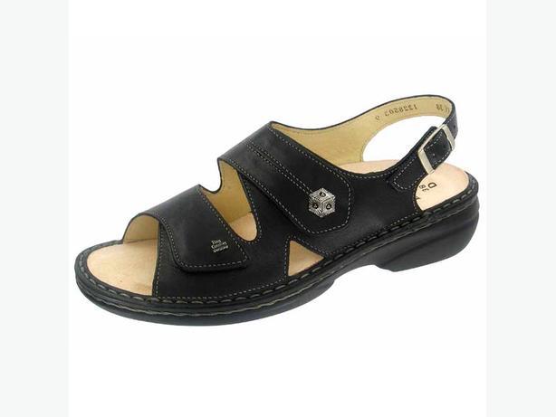 Finn Comfort Sandals