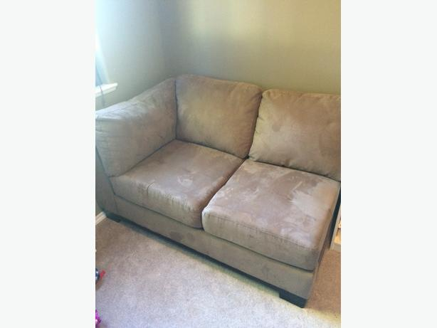 Like New Sectional piece