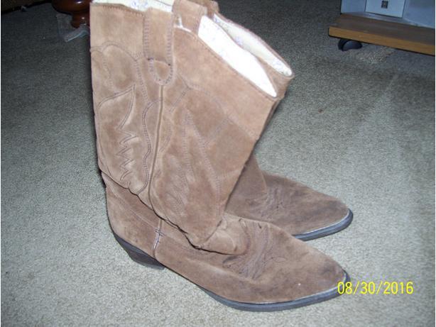 Roxy cowboy boots size 7 1/2