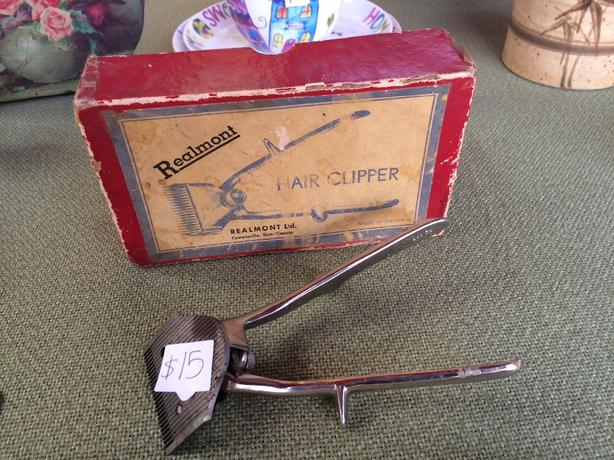Vintage Realmont Hair Clipper