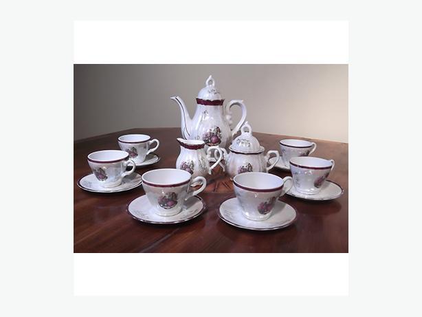 Vintage child's tea set and/or adult espresso set