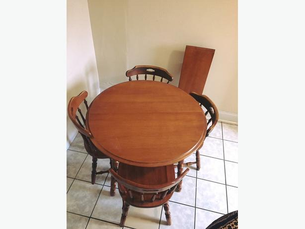 Beautiful Maple Wooden Table For Sale