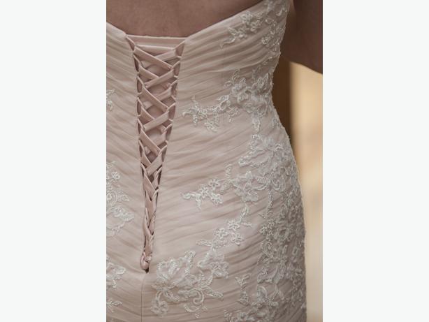 Maggie Sottero Haven Wedding Dress Size 6 (Blush)