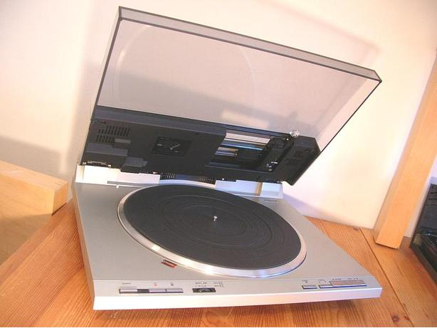 CLASSIC TECHNICS SL-DL1 FULLY AUTOMATIC TURNTABLE *NICE*