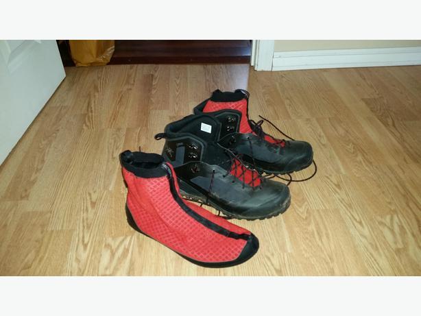 Men's Arc'teryx Bora 2 boot sz 11