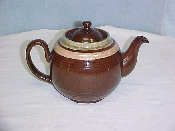 Classic Vintage 4 Cup Brown Betty Tea Pot~ Made In England