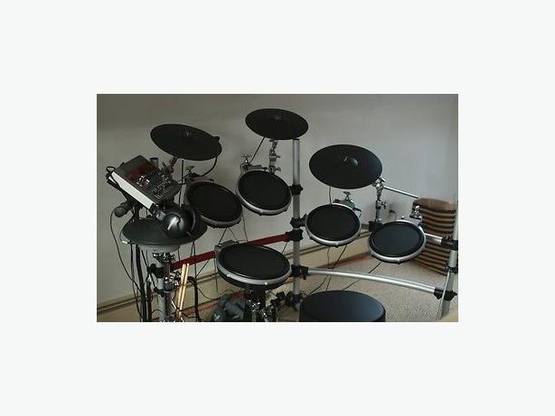 Yamaha DTXtreme IIs Electronic Drums