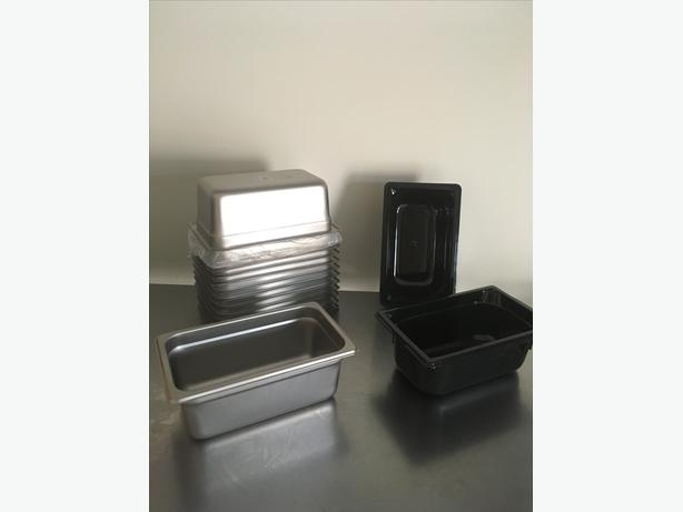 stainless steel/plastic pans