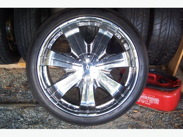 "22"" Chrome Tires & Wheels"