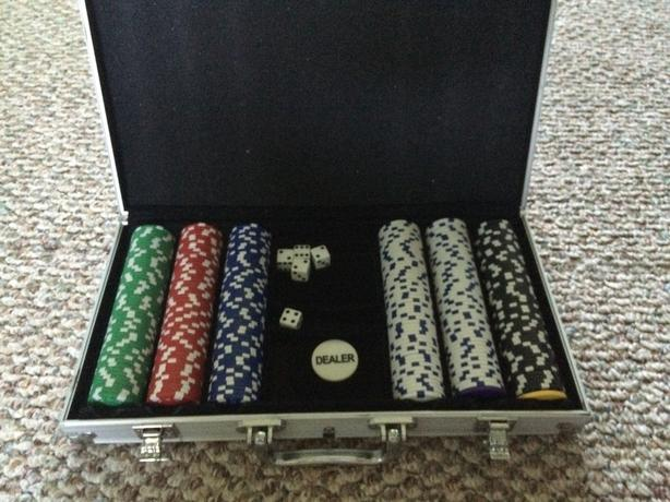 Poker Set - Mint Condition