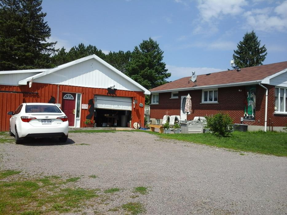 Rural house with almost 7 acres hobby farm outside for 7 summerland terrace