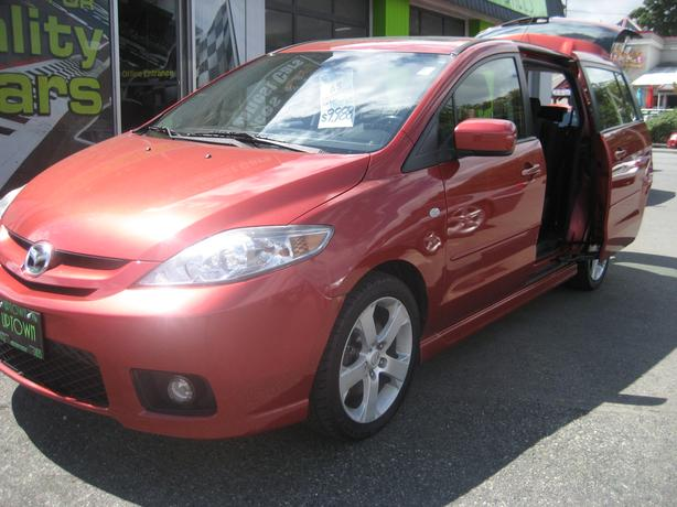 2006 Mazda 5- 6 passenger-1-owner NO ACCIDENTS